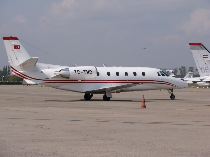 Avioane business Pictu377