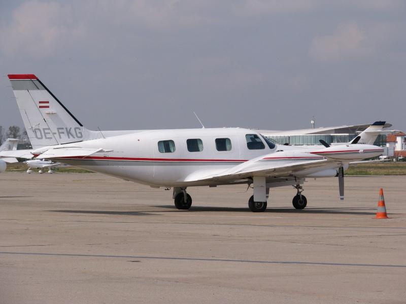 Avioane business Pictu378