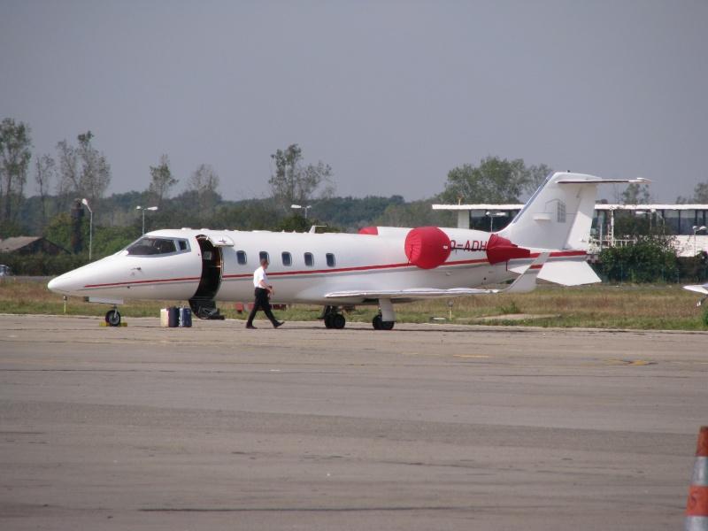 Avioane business Pictu380