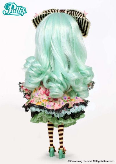 Octobre 2012 : Pullip Alice du Jardin Mint Mintad12
