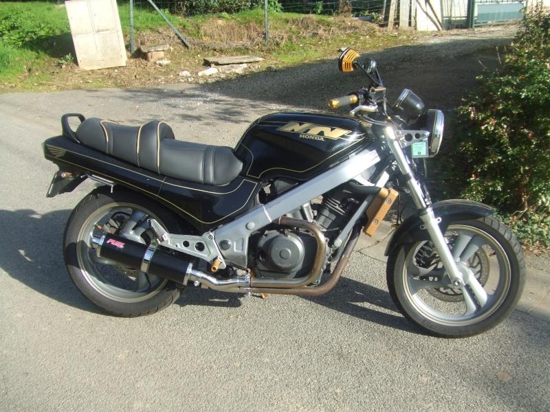 """concours photo Novembre  """"vos motos et de leurs personnalisation """" Dscf8511"""