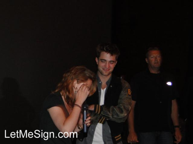 Kristen and Rob surprise fans at Eclipse screening Robste10
