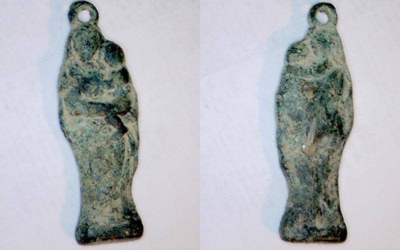 Virgen con Niño Figurada posible V del Pilar (R.M. PFV- Virgen con Niño 2) Statue10