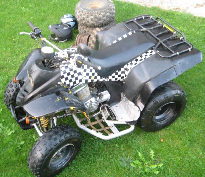 Vds quad 250 SMC Barossa 2004 homologué 2 personnes 00513