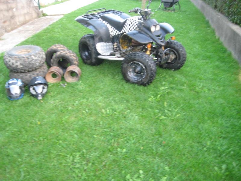 Vds quad 250 SMC Barossa 2004 homologué 2 personnes 00812