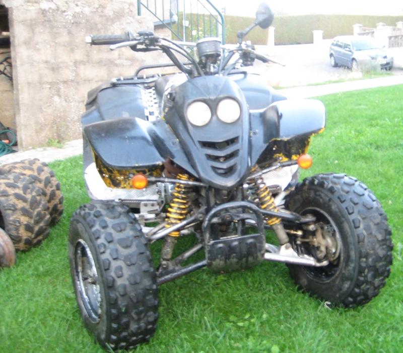 Vds quad 250 SMC Barossa 2004 homologué 2 personnes 00910