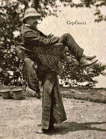 لا للعبودية :أمرأة بنغالية تحمل على ظهرها سيدها البريطاني  Bangal10