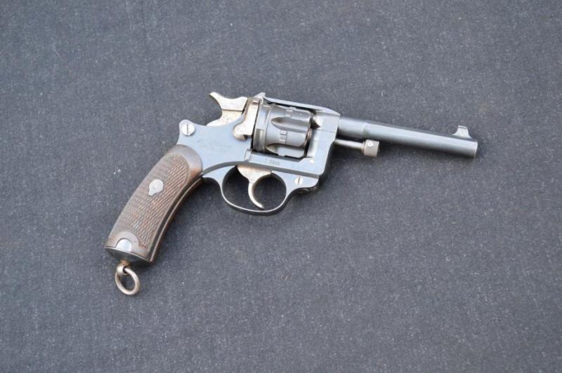 Revolver Mle 1892 00001_10