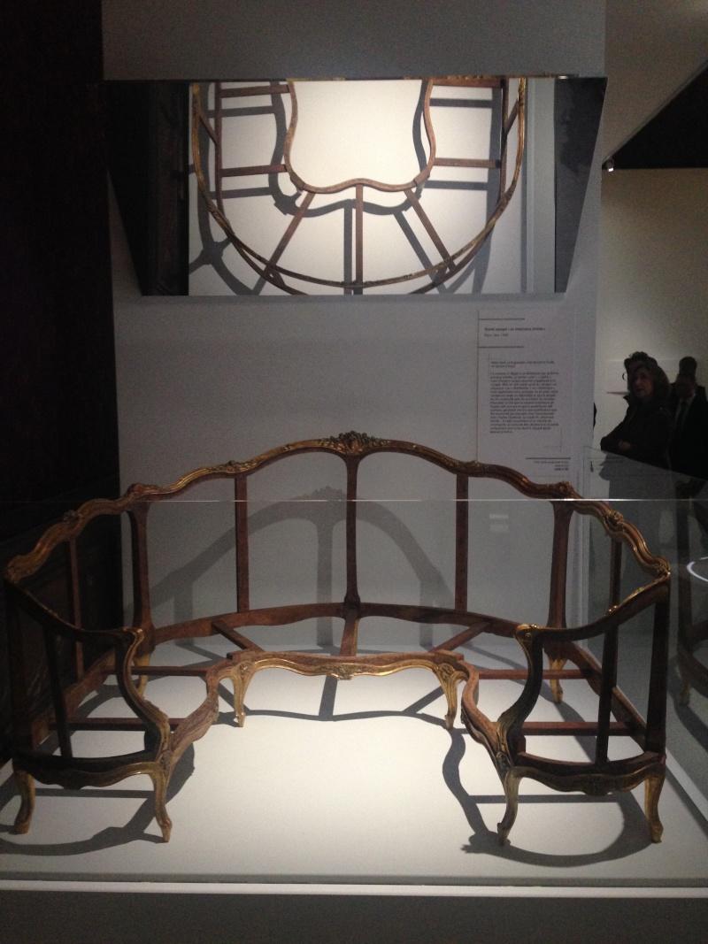 Le 18e aux sources du design, chefs d'oeuvre du mobilier - Page 4 Img_1135