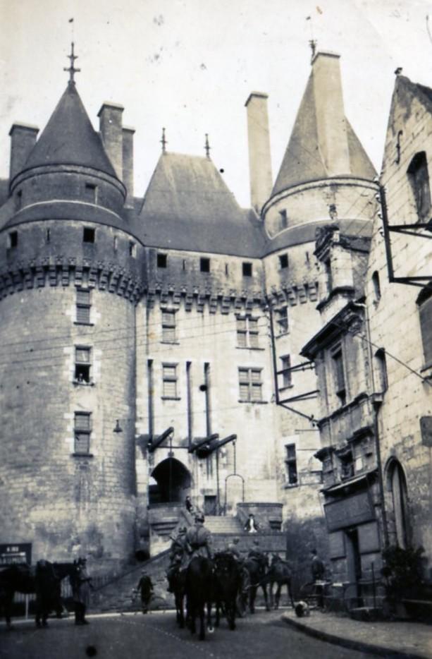 [ Histoires et histoire ] Musée de la cavalerie à Saumur Yves_b13