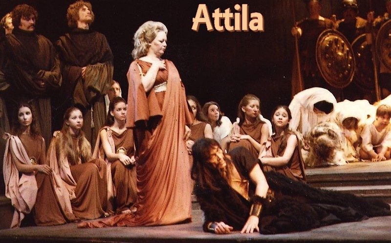 deutekom - Cristina Deutekom Attila11