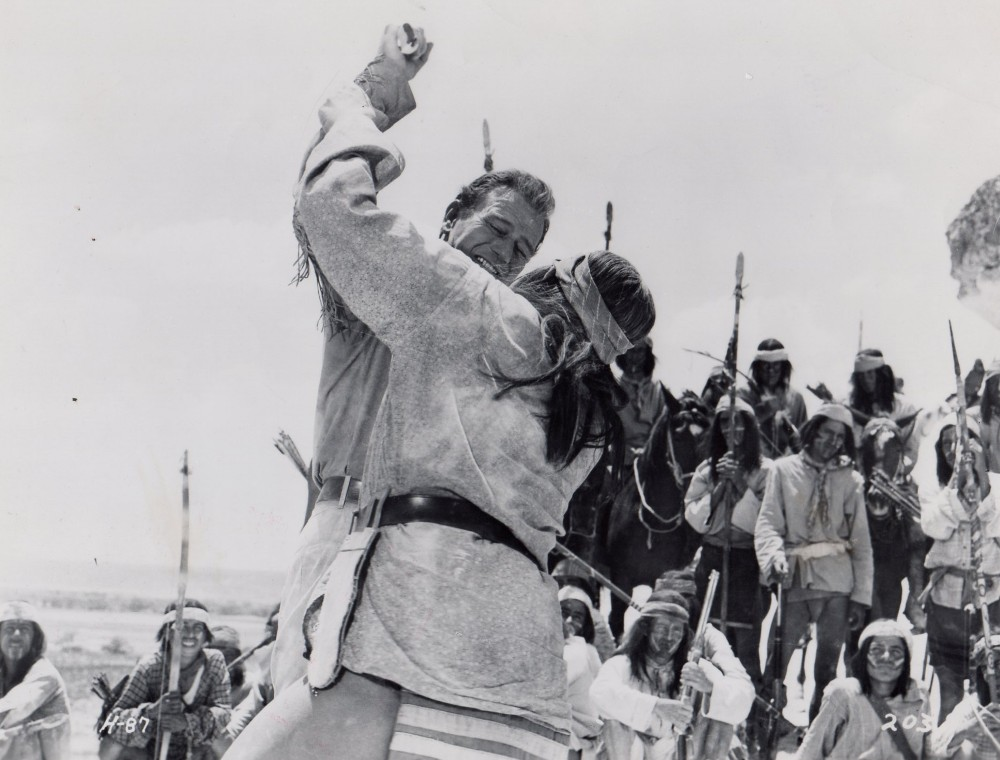 Hondo, l'Homme du Désert - Hondo - 1955 - Page 3 A_way167
