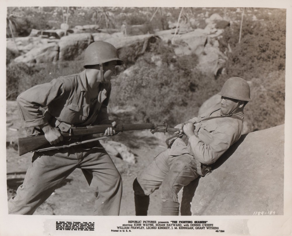 Alerte aux Marines - The Fighting Seabees - 1944 Photo351