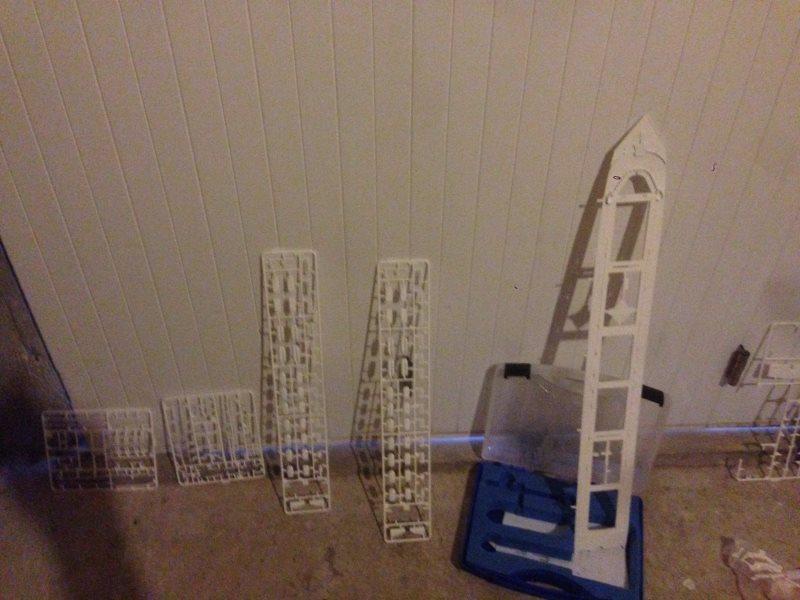 construction du queen mary 2 au 1/400 de chez revell Img_0621
