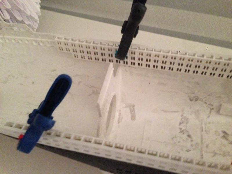 construction du queen mary 2 au 1/400 de chez revell Img_0632