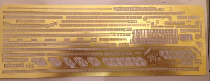 construction du queen mary 2 au 1/400 de chez revell - Page 2 Img_0710