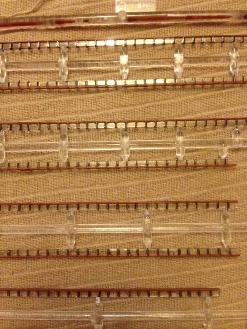 construction du queen mary 2 au 1/400 de chez revell - Page 4 Img_0753