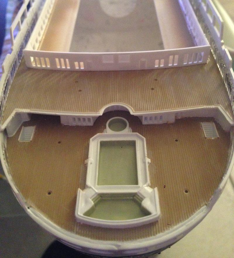 construction du queen mary 2 au 1/400 de chez revell - Page 4 Img_0759