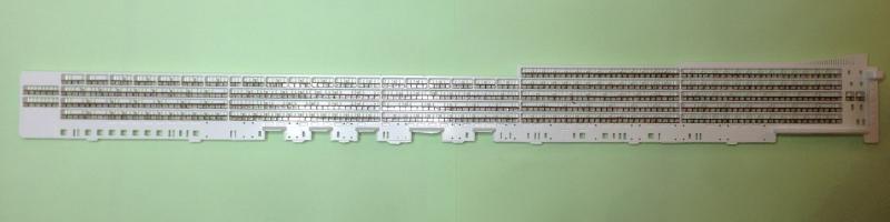 construction du queen mary 2 au 1/400 de chez revell - Page 5 Img_0810