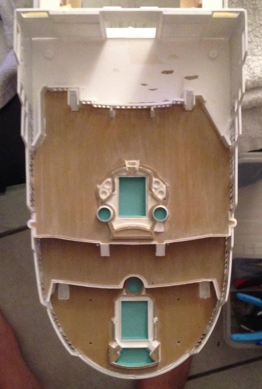 construction du queen mary 2 au 1/400 de chez revell - Page 6 Img_0838
