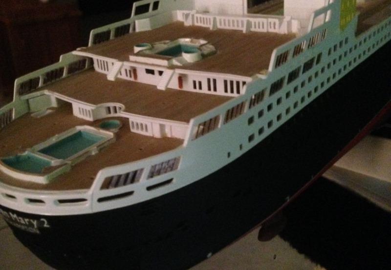 construction du queen mary 2 au 1/400 de chez revell - Page 6 Img_0840
