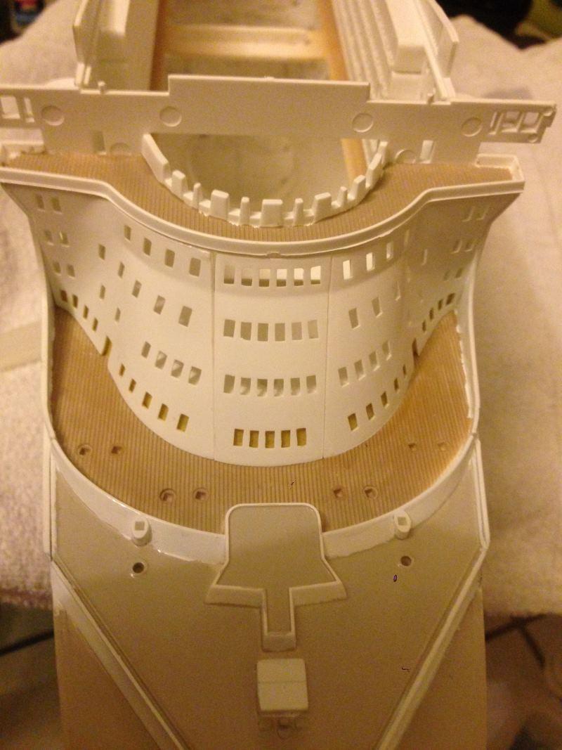 construction du queen mary 2 au 1/400 de chez revell - Page 6 Img_0876