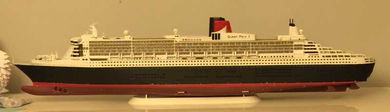 construction du queen mary 2 au 1/400 de chez revell - Page 9 Img_1025
