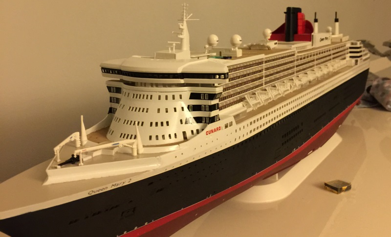 construction du queen mary 2 au 1/400 de chez revell - Page 9 Img_1027