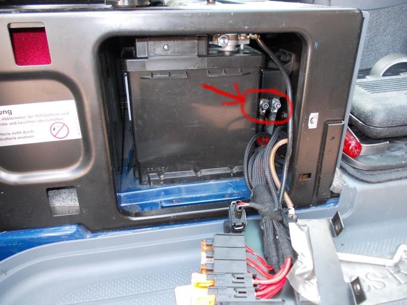 Charge de la batterie auxilaire Dscn0312