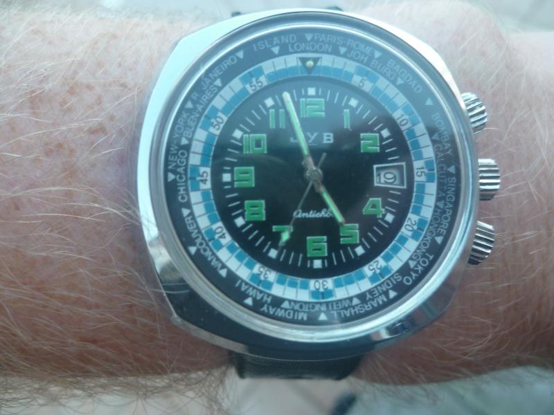 Un post qui référence les montres de brocante... tome III - Page 11 P1220010