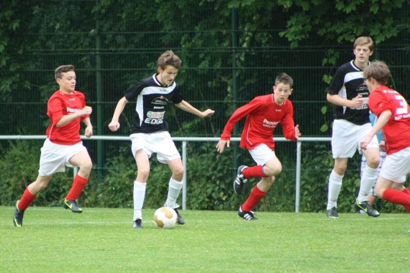 13.Spieltag: BaWa - SG Ahrweiler/Bad Neuenahr 2:2 (0:1) Img_0823