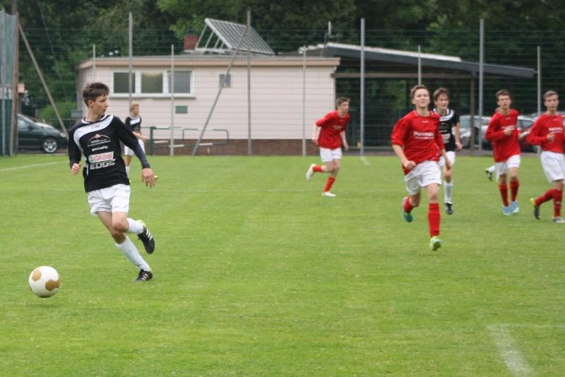 13.Spieltag: BaWa - SG Ahrweiler/Bad Neuenahr 2:2 (0:1) Img_0848