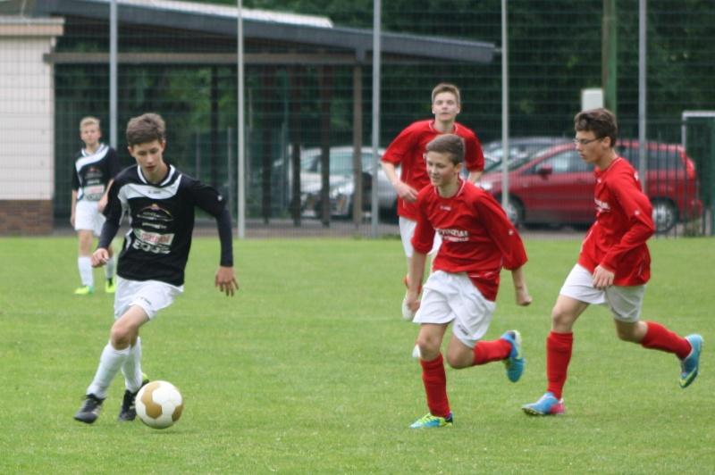 13.Spieltag: BaWa - SG Ahrweiler/Bad Neuenahr 2:2 (0:1) Img_0851