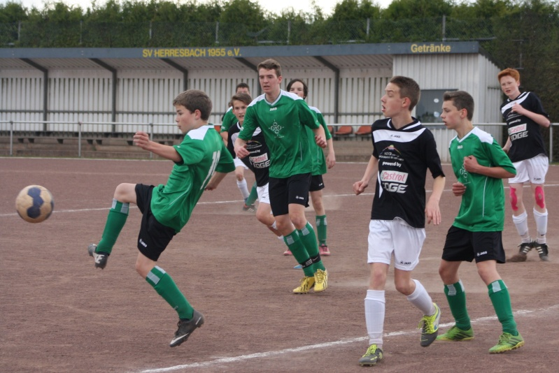 14.Spieltag: JSG Langenfeld - BaWa 0:2 (0:2) Img_0859