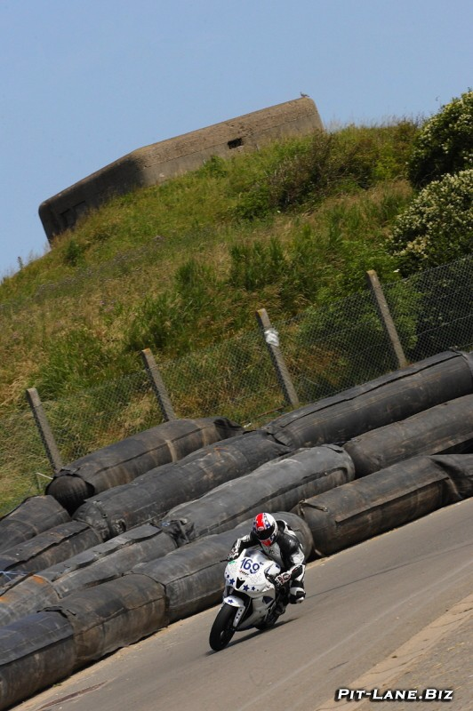 [Road Racing] 39eme Grand Prix de la Mer du Nord   - Page 3 Img_7611