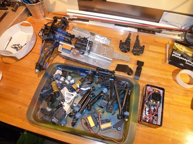 Tracer Revo 4x4x4 Rat Rod. P1010611