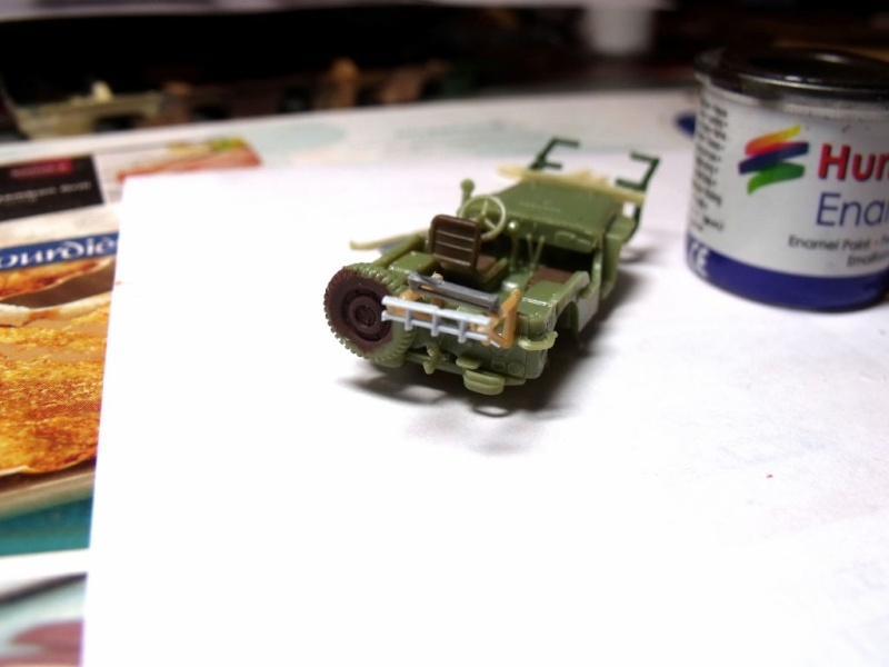 JEEP WILLYS ambulance base Heller au 1/72 en scratch Jpam_017
