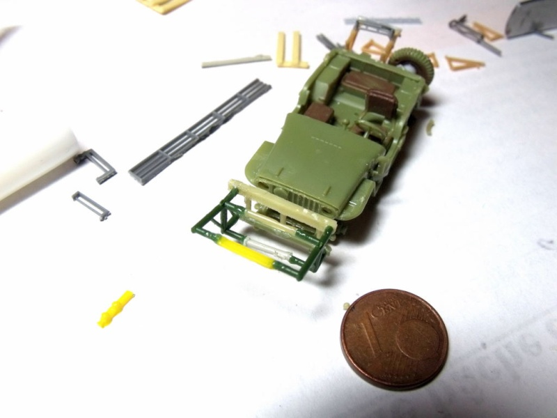 JEEP WILLYS ambulance base Heller au 1/72 en scratch Jpam_018