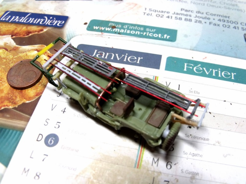 JEEP WILLYS ambulance base Heller au 1/72 en scratch Jpam_116