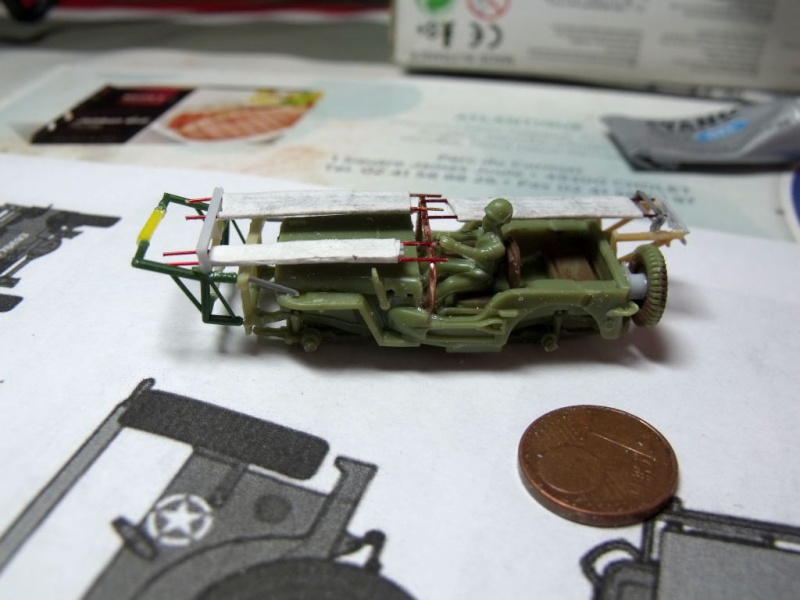 JEEP WILLYS ambulance base Heller au 1/72 en scratch Jpam_119
