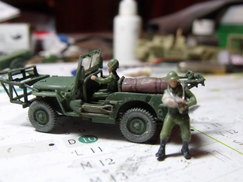 JEEP WILLYS ambulance base Heller au 1/72 en scratch Jpam_212