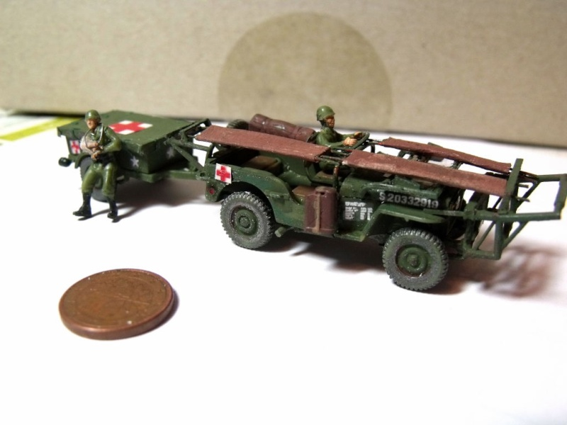 JEEP WILLYS ambulance base Heller au 1/72 en scratch Jpam_216