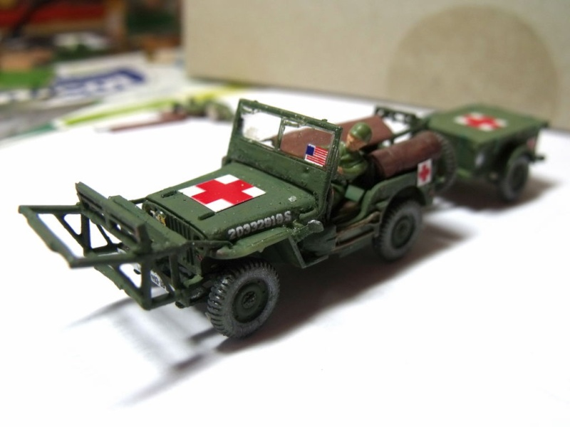 JEEP WILLYS ambulance base Heller au 1/72 en scratch Jpam_312