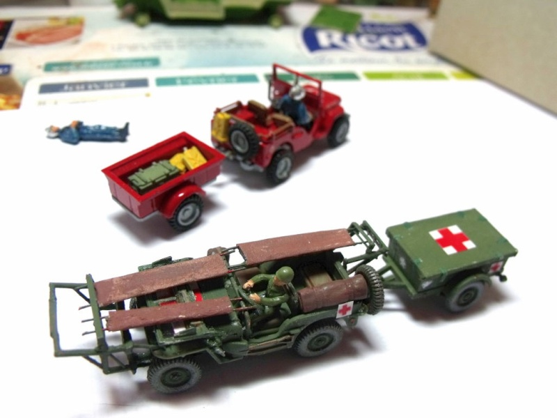 JEEP WILLYS ambulance base Heller au 1/72 en scratch Jpam_314