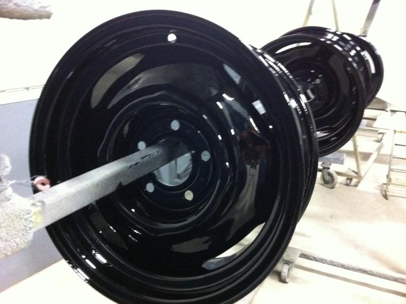 3 roue Mopar 15 X 6 1/2 5 nut 4 1/2 gros  Img_1021