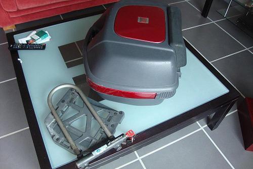 vend sacoches, topcase avec platine, antivol Dsc05917