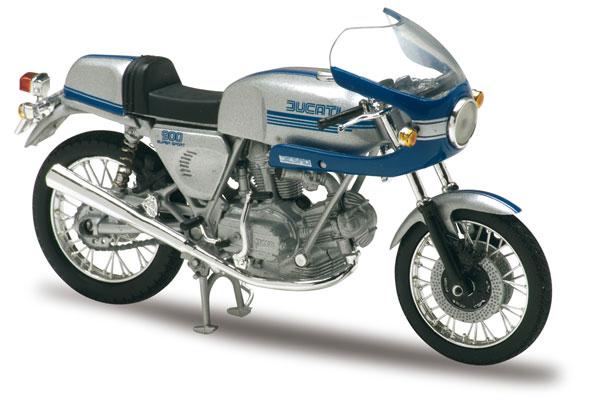 des motos d'homme 20_40410