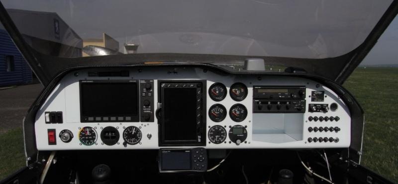 Dynon Skyview sur nos MCR Instal10