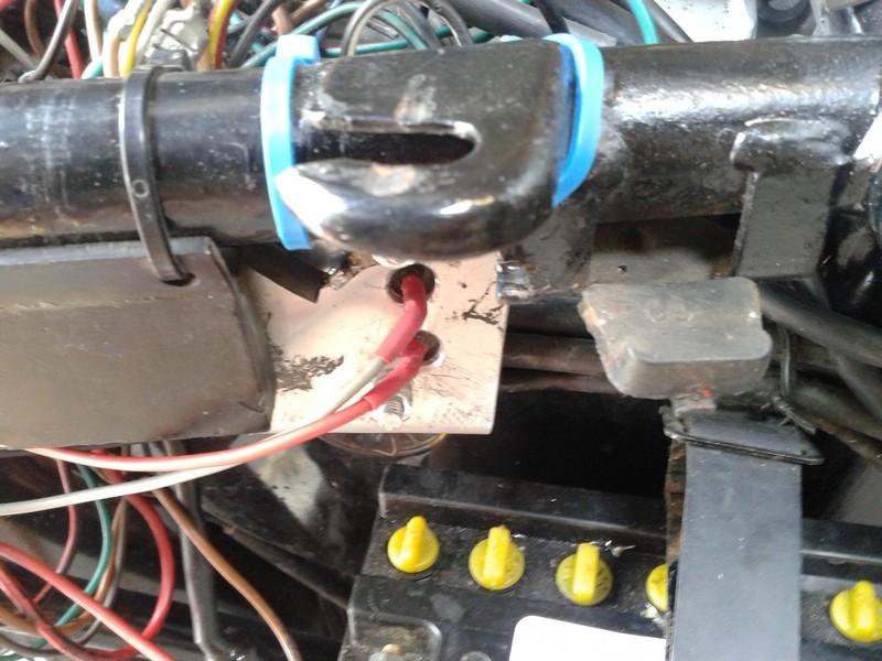 adaptation régulateur d'alternateur automobile sur moto 12V 710