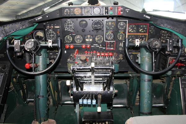 [REVUE] BREGUET Type 12, cal. Valjoux 555 1943_b10